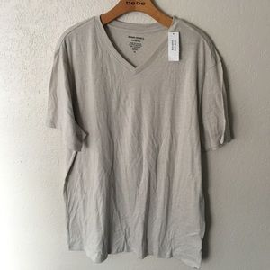 NWT Banana Republic XL fitted V Neck tee shirt